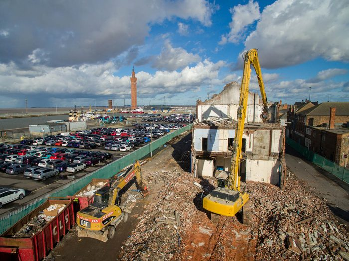 CLS: CIVIL ENGINEERING - DEMOLITION - GROUNDWORKS - NATIONWIDE - LINCOLNSHIRE BASED - MACHINE DEMOLITION GRIMSBY
