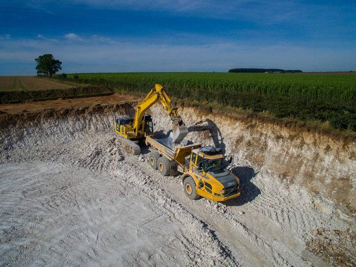 CLS: CIVIL ENGINEERING - DEMOLITION - GROUNDWORKS - NATIONWIDE - LINCOLNSHIRE BASED - EARTHWORKS NORTH LINCOLNSHIRE