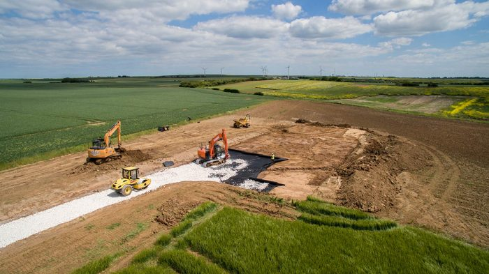CLS: CIVIL ENGINEERING - DEMOLITION - GROUNDWORKS - NATIONWIDE - LINCOLNSHIRE BASED - CUT & FILL HULL